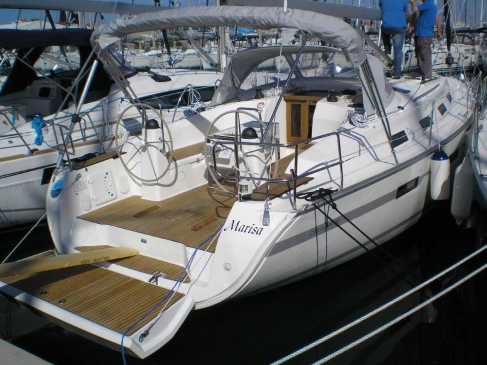 Rent a Bavaria Bavaria Cruiser 40 Sukošan