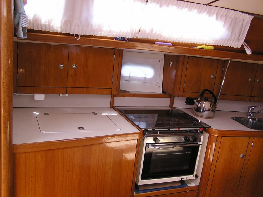 Rental Sailboat in Lefkas - Jeanneau Sun Odyssey 37.1