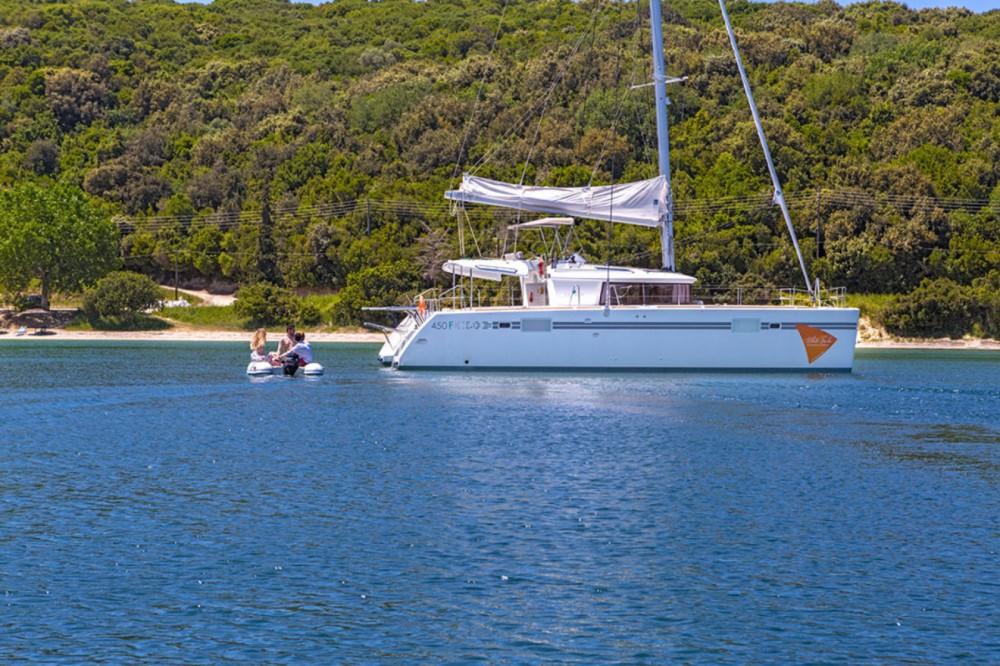 Location bateau Lagoon Lagoon 450 F - 4 + 2 cab. à Leucade sur Samboat