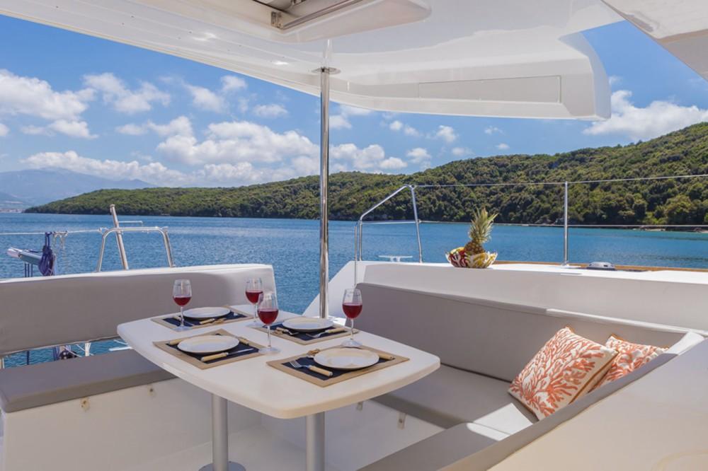 Location bateau Leucade pas cher Lagoon 450 F - 4 + 2 cab.