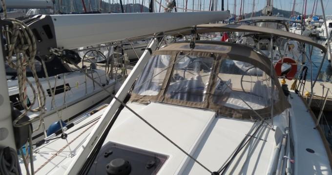 Louer Voilier avec ou sans skipper Jeanneau à Muğla
