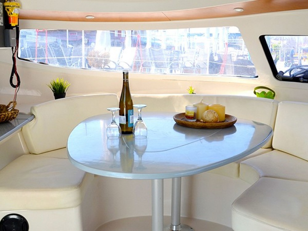 Location Catamaran à Volos - Fountaine Pajot Athena 38