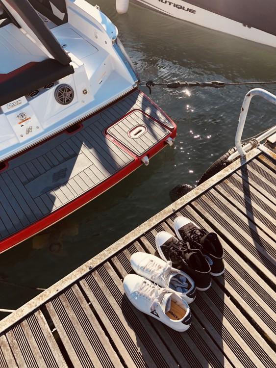 Bootverhuur Four Winns H 210 SS in Saint-Cloud via SamBoat