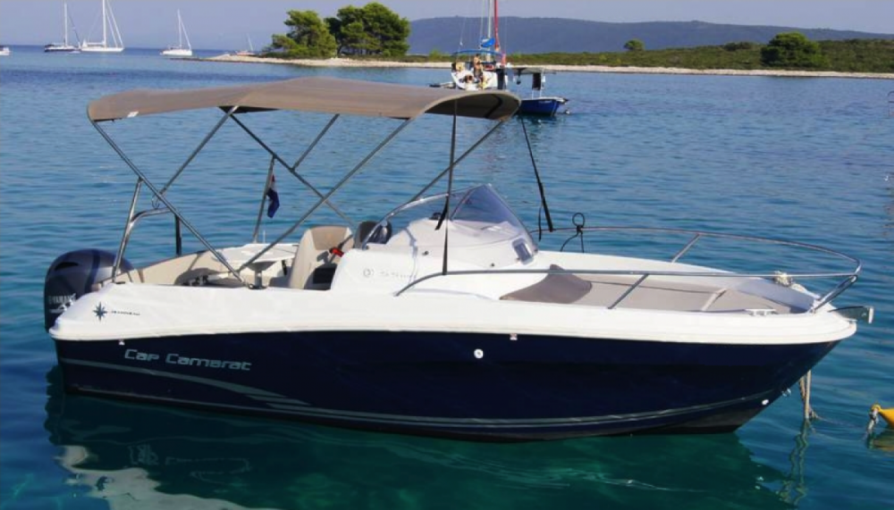 Boat rental Saint-Cyprien cheap Cap Camarat 5.5 WA Serie 2