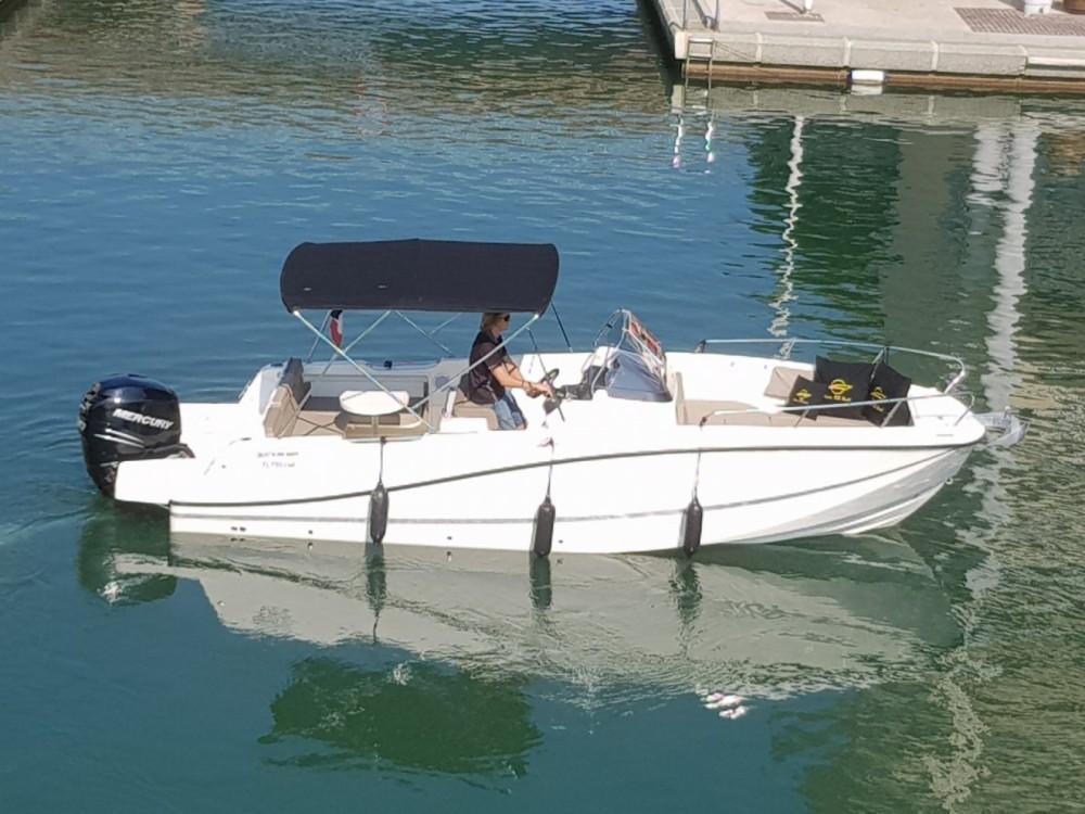 location bateau  u00e0 moteur quicksilver activ 755 open quicksilver activ 755 open 300 cv
