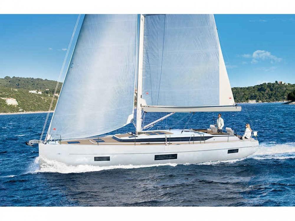 Yacht-Charter in Marina de Cascais - Bavaria Bavaria C45 auf SamBoat