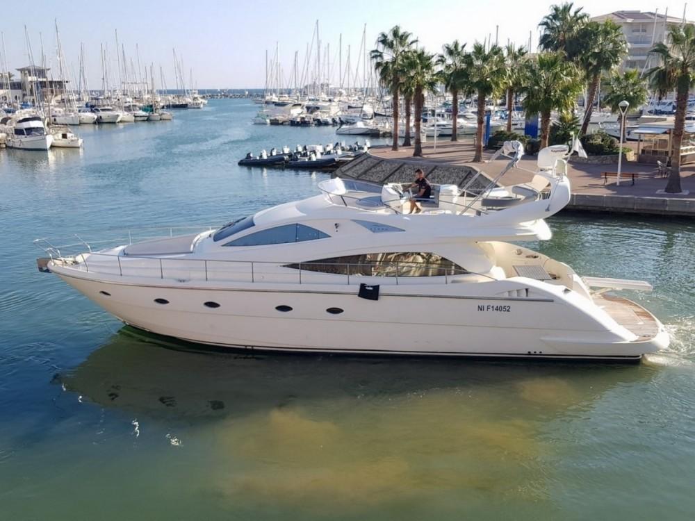 Location bateau Aicon Aicon 56 Fly à Fréjus sur Samboat