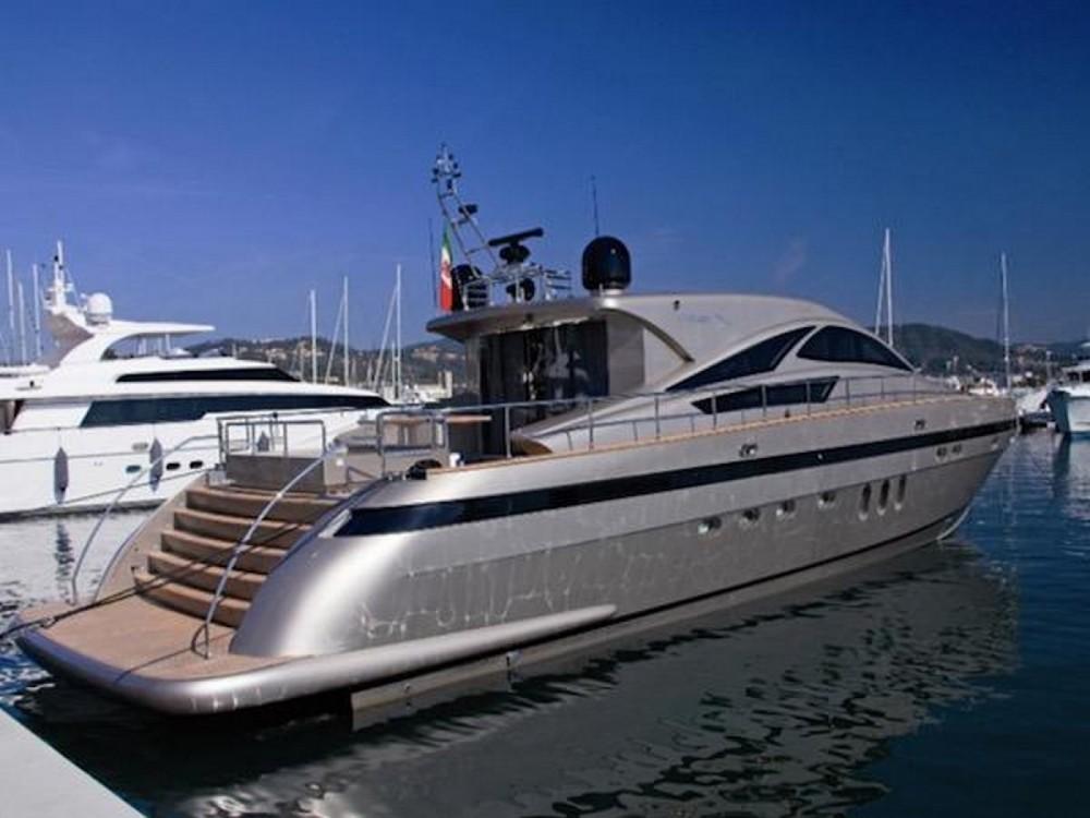 Location Yacht Jaguar avec permis