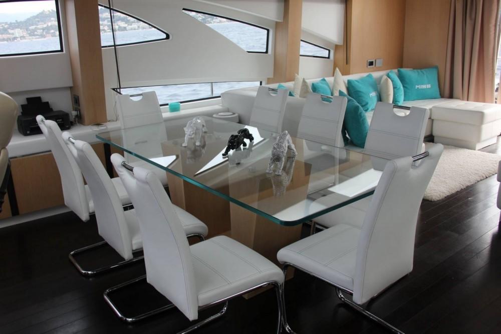 Location bateau Jaguar 80 yacht à Fréjus sur Samboat
