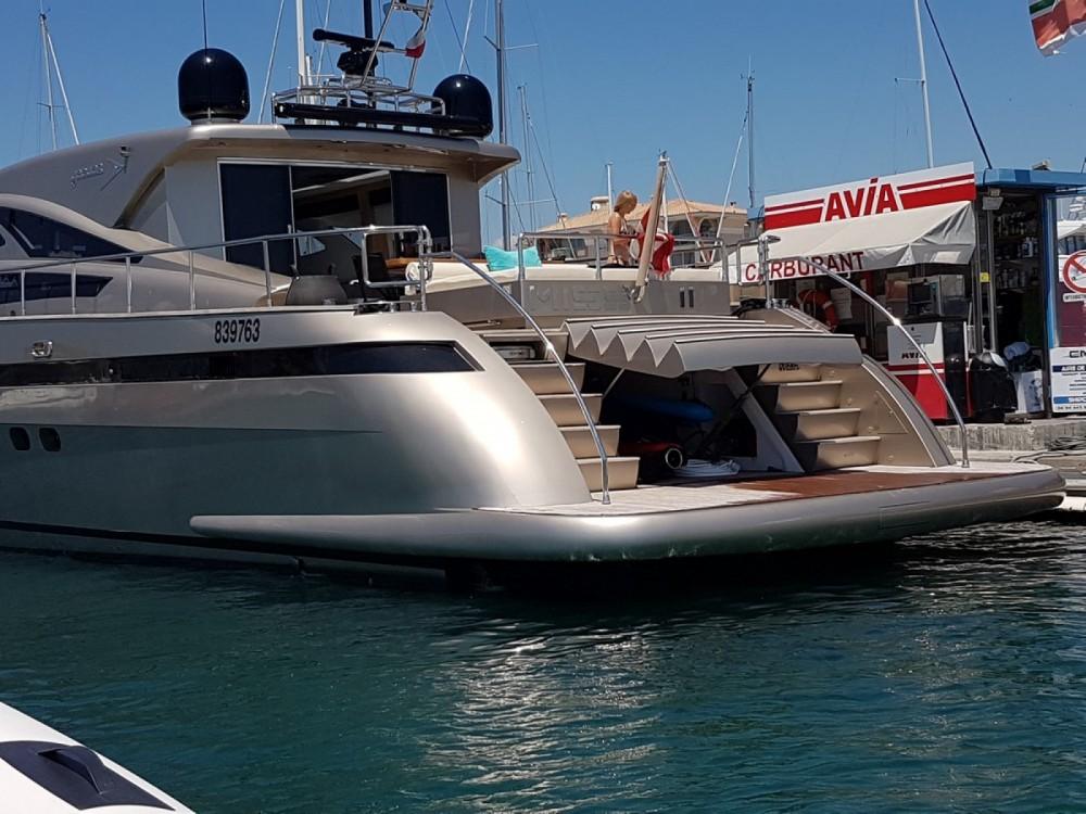 Louer Yacht avec ou sans skipper Jaguar à Fréjus