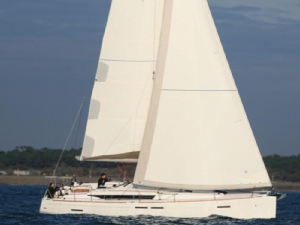 Alquiler de barcos Jeanneau Sun Odyssey 439 enTivat en Samboat