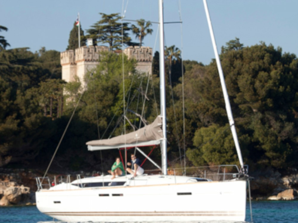 Alquiler de yate Tivat - Jeanneau Sun Odyssey 439 en SamBoat