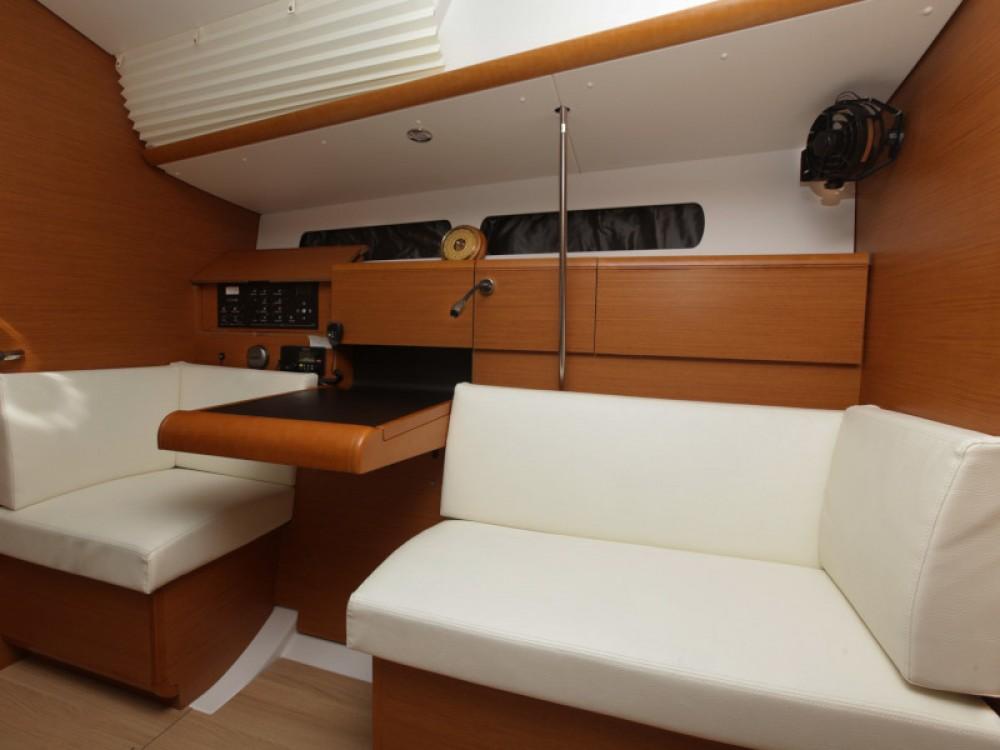 Location yacht à Tivat - Jeanneau Sun Odyssey 439 sur SamBoat