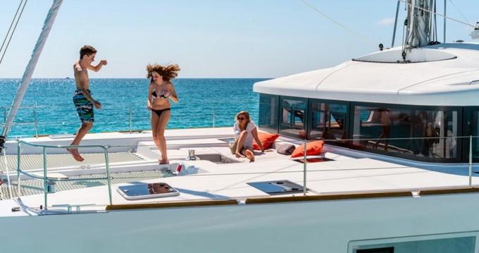 Location bateau Île d'Ibiza pas cher Lagoon 52 F