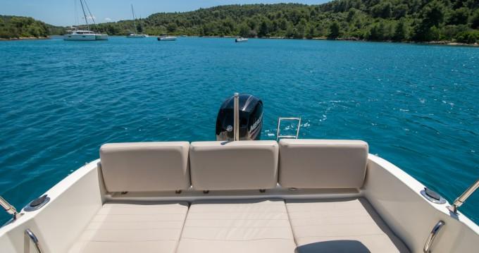Location bateau Quicksilver Quicksilver 675 Activ Open à Trogir sur Samboat