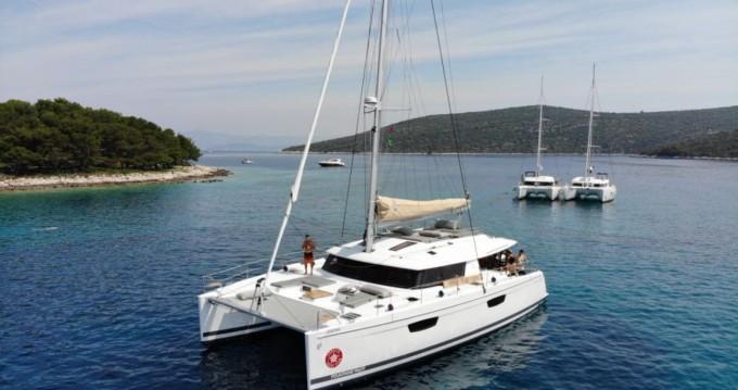 Yacht-Charter in Trogir - Fountaine Pajot Saba 50 auf SamBoat