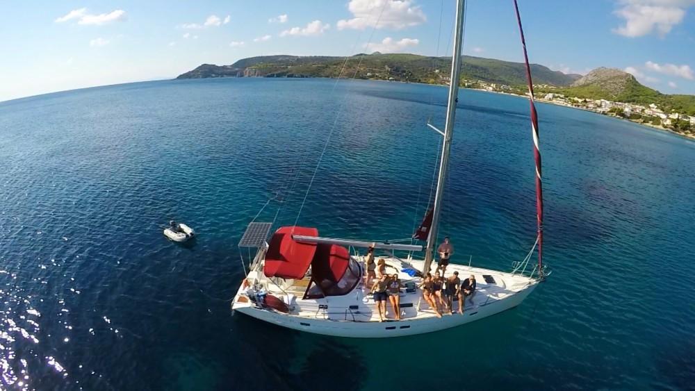 Bénéteau Oceanis 411 Clipper zwischen Privatpersonen und professionellem Anbieter Athen