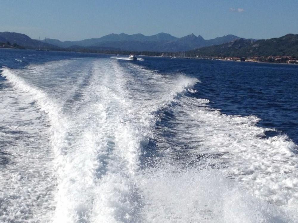 Gommone a noleggio Otranto al miglior prezzo