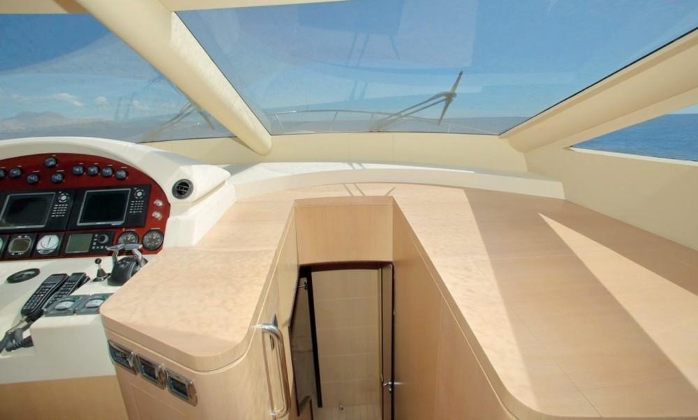 Location yacht à  - Astondoa 66 glx sur SamBoat