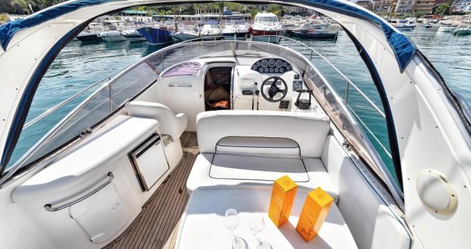 Location bateau Taormina pas cher BMB 32 Sport DC