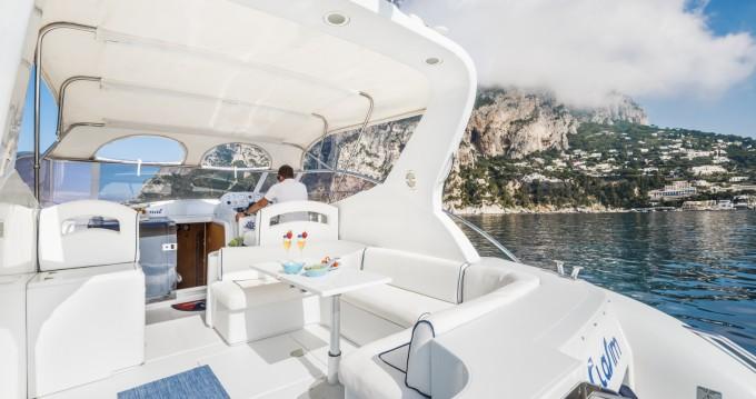 Location bateau Raffaelli Shamal 40 à Capri sur Samboat