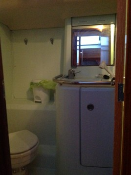 Location yacht à Canet-en-Roussillon - Bénéteau Oceanis 440 sur SamBoat