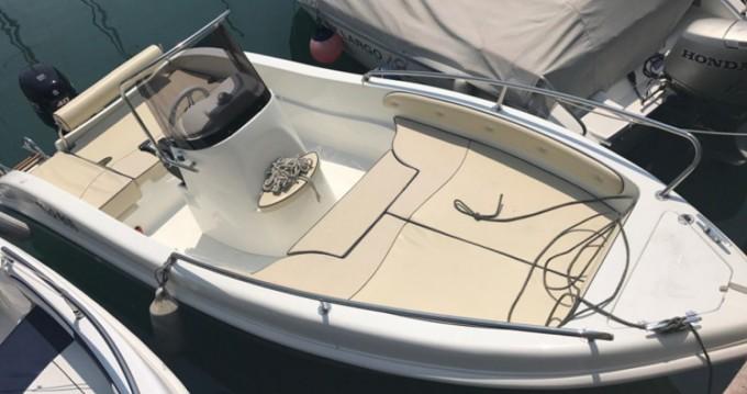 Louer Bateau à moteur avec ou sans skipper as maine enika à Milazzo