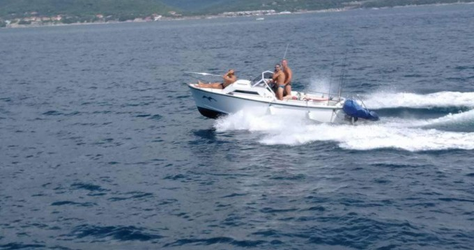 vegliatura off mare entre particuliers et professionnel à Livorno