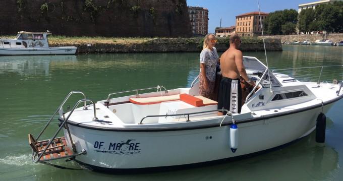Location Bateau à moteur à Livorno - vegliatura off mare