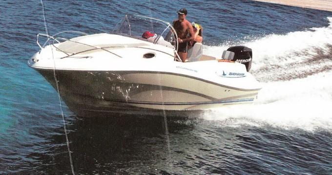 Louez un Quicksilver Quicksilver 630 WA Commander à Dubrovnik
