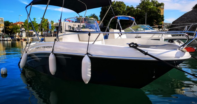 Alquiler de AM Yacht Prince 570 Open en Zadar