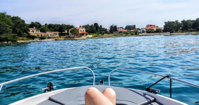 Alquiler Lancha AM Yacht con título de navegación