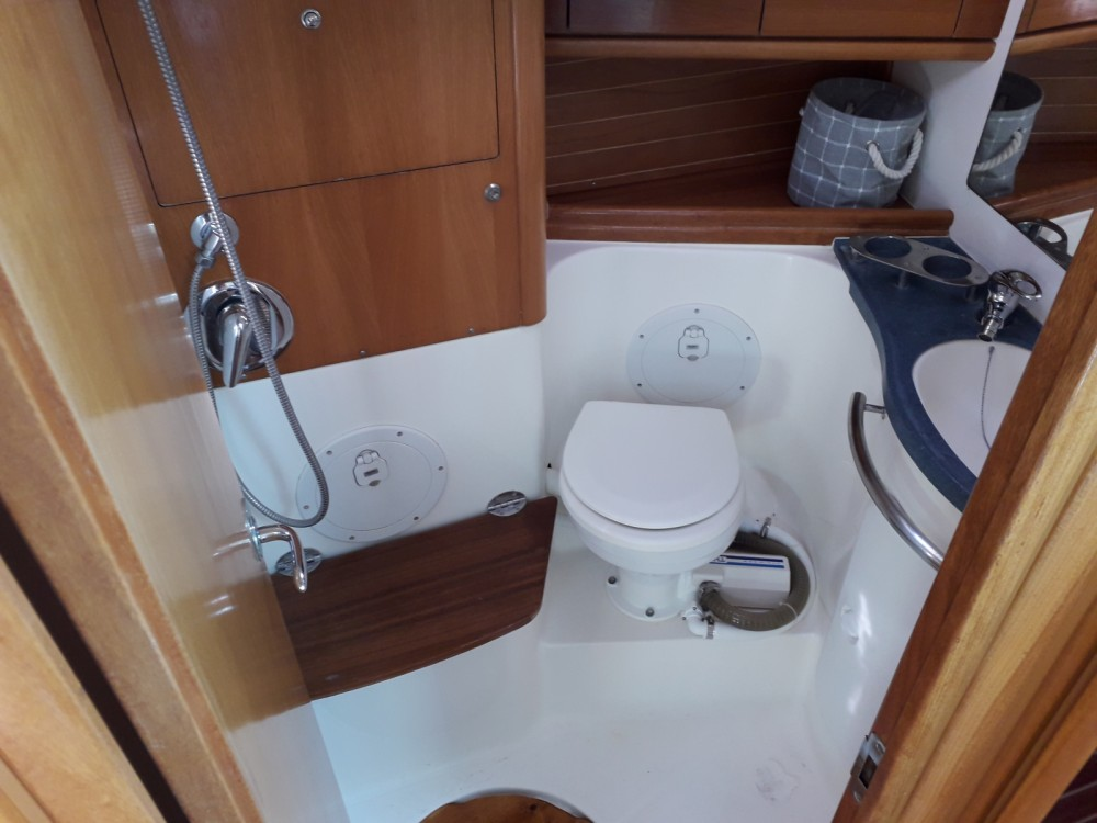 Bavaria Cruiser 50 entre particuliers et professionnel à Procida