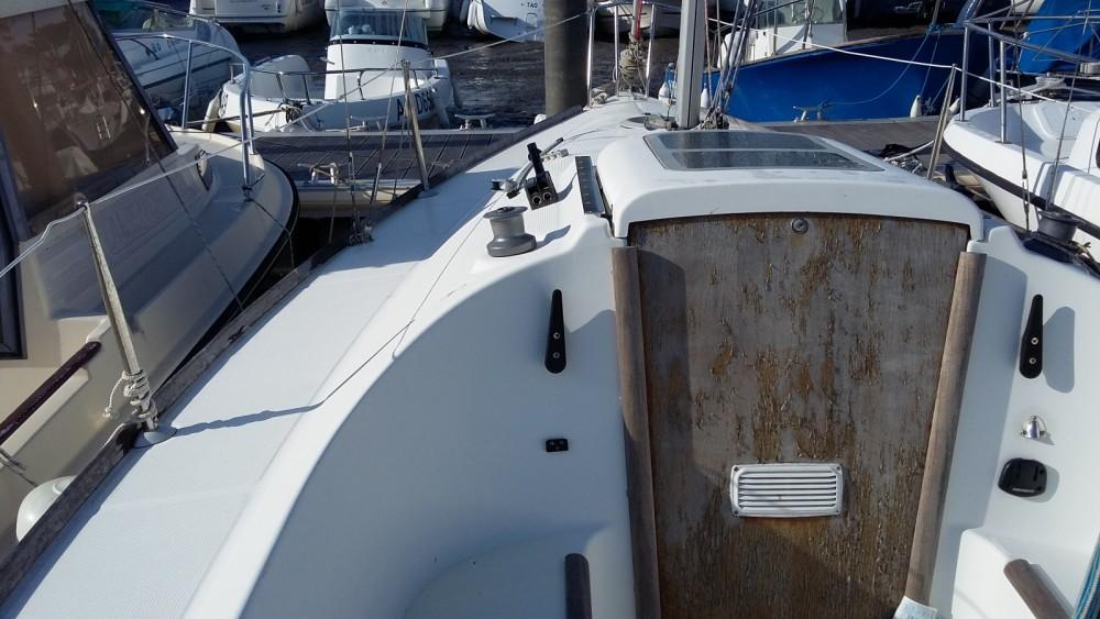 Boat rental Arvieu cheap First 210 Spirit