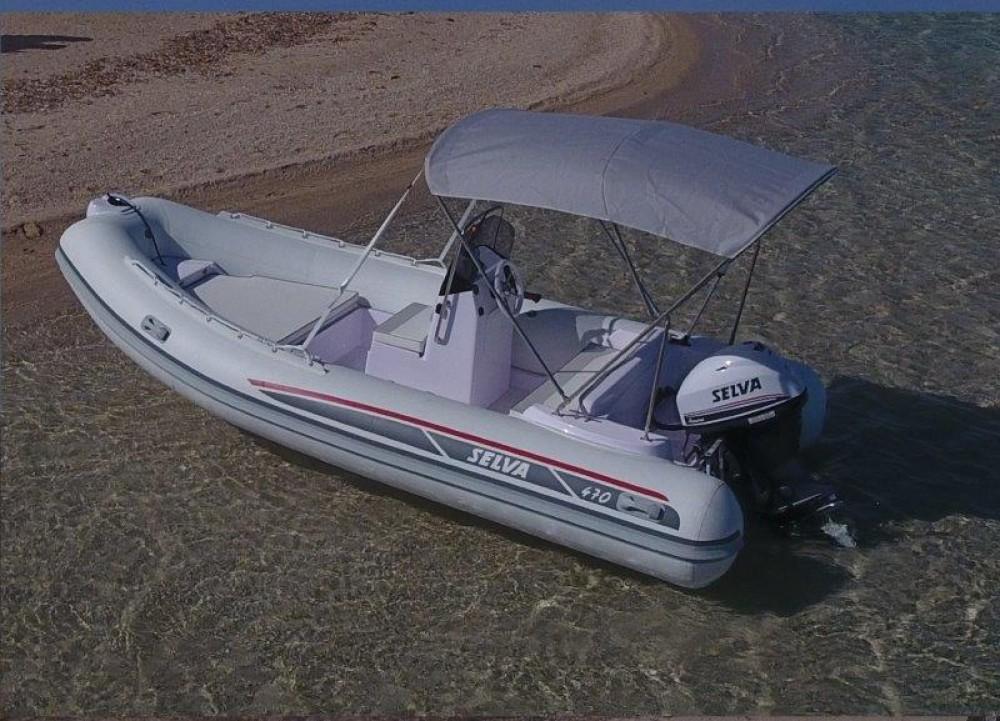 Alquiler de barcos Marina Botafoch barato de Selva D470