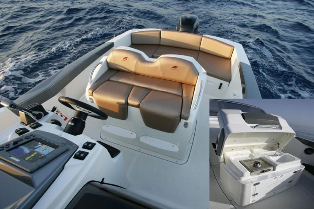 Location bateau Trogir pas cher 2251 Open