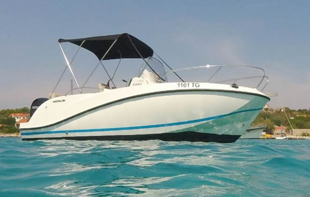 Quicksilver Activ 605 Open between personal and professional Trogir