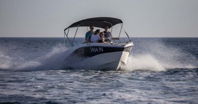 Location yacht à Pula - Okiboats Barracuda 545 Open sur SamBoat