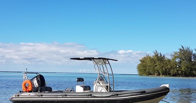 Louer Semi-rigide avec ou sans skipper Falcon à Tahiti