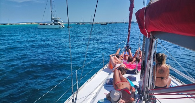 Hire Sailboat with or without skipper Dufour Ibiza city