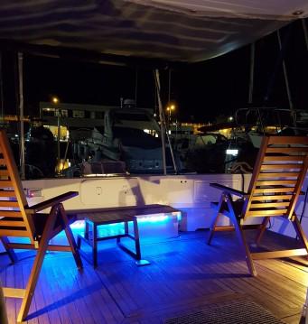 Rental Yacht Mochi Craft with a permit