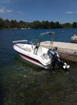 Louer Bateau à moteur avec ou sans skipper Aquamar à Sibenik