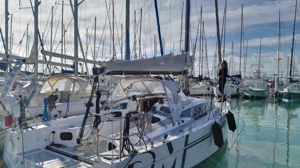 Hire Sailboat with or without skipper Rm Cecina