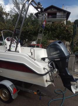 Aquamar Aquacab 460 entre particuliers et professionnel à Sibenik