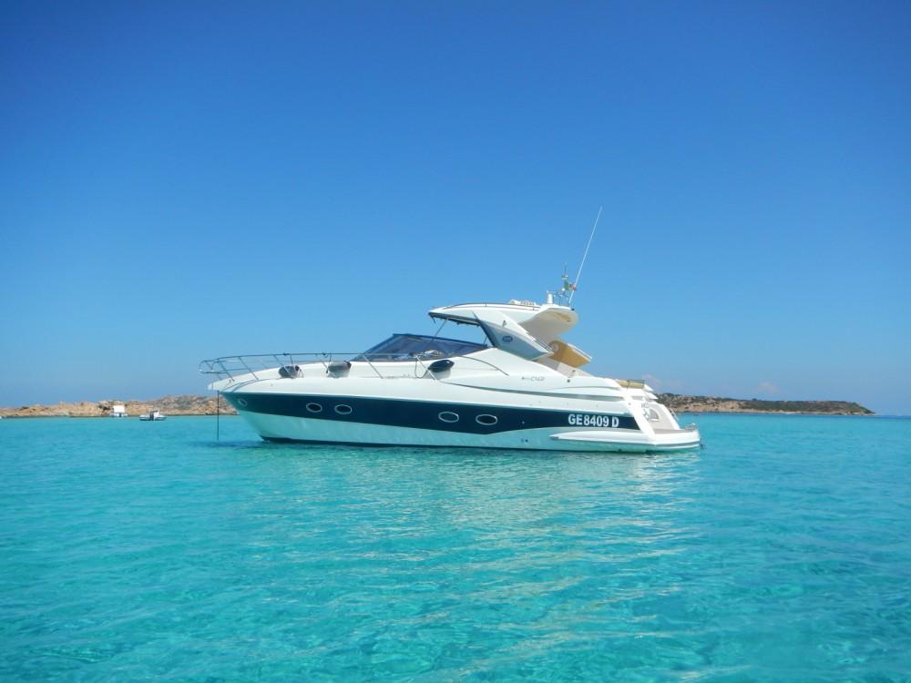 Yacht à louer à Sardaigne au meilleur prix