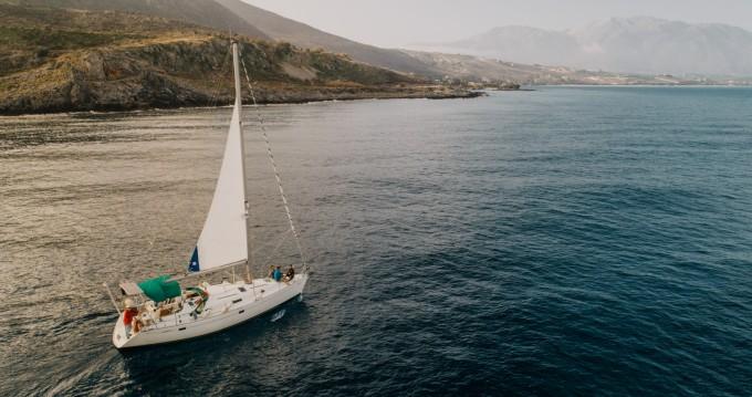 Louez un Bénéteau Oceanis 38.1 à Réthymnon