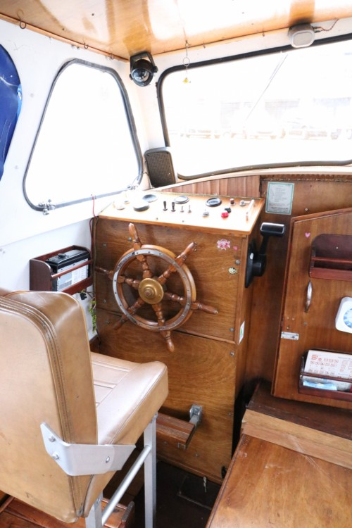 Hire Houseboat with or without skipper VanDutch Colombiers
