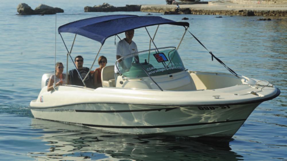 Yacht-Charter in Hvar - Jeanneau Cap Camarat 715 Open auf SamBoat
