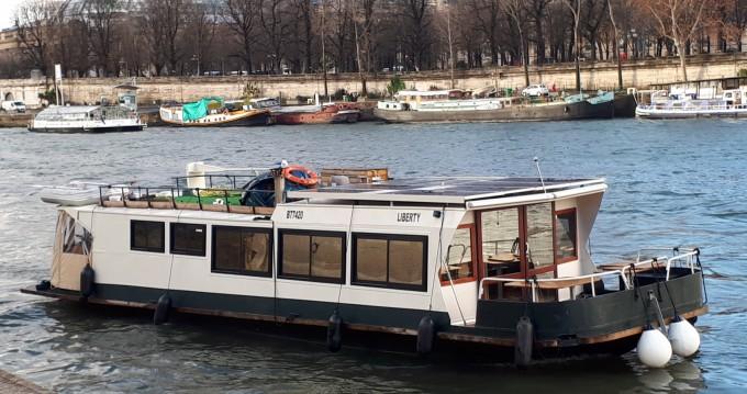 Location bateau Mâcon pas cher bougainvillier