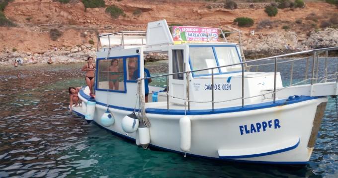 Louer Bateau à moteur avec ou sans skipper Gozzo In Legno 11m à Favignana